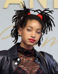 WILLOW SMITH at Chanel Metiers D'Art 2016/17 Collection ...