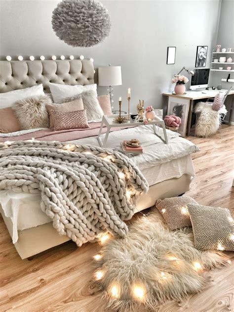 hygge ideen schlafzimmer wie das bett gem 252 tlich dekoriert hygge in 2019