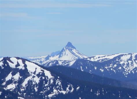 mount washington oregon mountain information