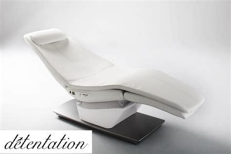 fauteuil massant du salon des services à la