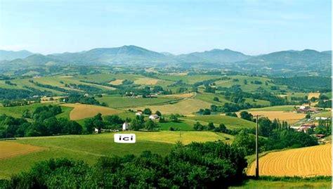 a 2 pas de biarritz confortable maison sur les coteaux du pays basque 10 pers bardos