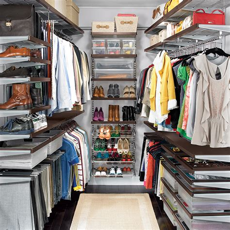 walnut platinum elfa d 233 cor walk in master closet the
