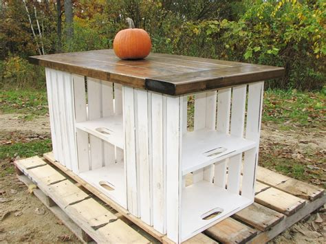 16 Handy DIY Projects From Old Wooden Crates   Style