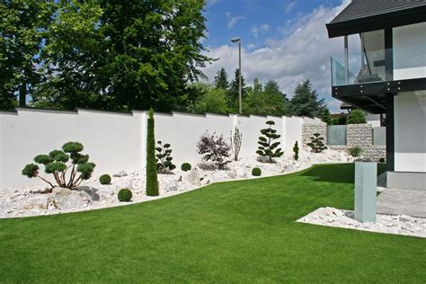 Gartengestaltung Kleine Gärten Modern by Garten Und Landschaftsbau Galanet Fachbetrieben
