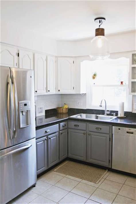 white upper cabinets grey lower my kitchen floor is white what color should i paint my 262 | q paint colors kitchen cabinets ideas kitchen cabinets kitchen design paint colors.1