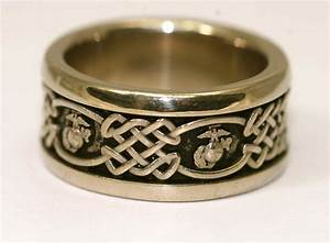 Gold MARINE CORPS RING Eagle Globe And Anchor With Celtic