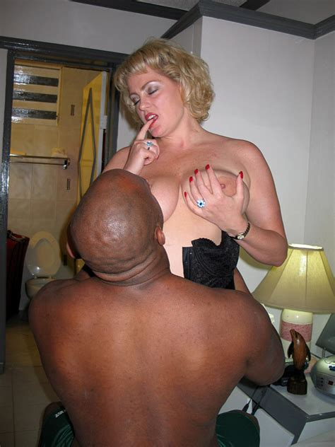 202  In Gallery Milf In Stockings Fucks Jamaican Picture 3 Uploaded By Randtrykacpl On