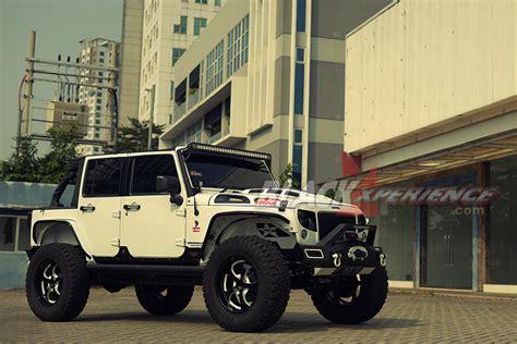 Modifikasi Jeep Wrangler by Modifikasi Jeep Wrangler Raptor Armour Blackxperience