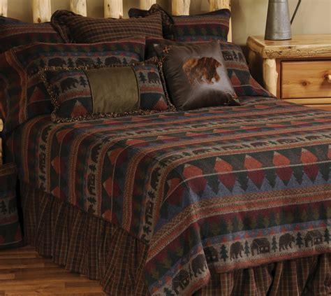 Luxury Cabin Bedding: Cabin Bear King Size Bedspread Black