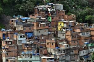 Résultat d'images pour favelas