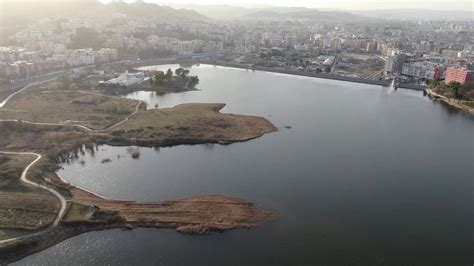 Liqeni Artificial Tirane - YouTube