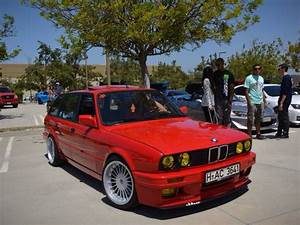 Bmw E30 316i : get yourself a bmw e30 316i touring for just 18 000 autoevolution ~ Melissatoandfro.com Idées de Décoration