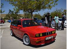 Get Yourself a BMW E30 316i Touring for just $18,000