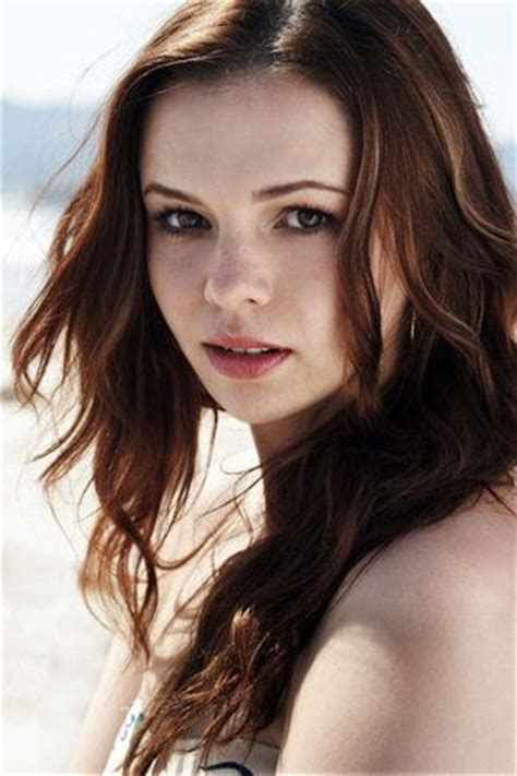amber tamblyn bra size age weight height measurements celebrity sizes