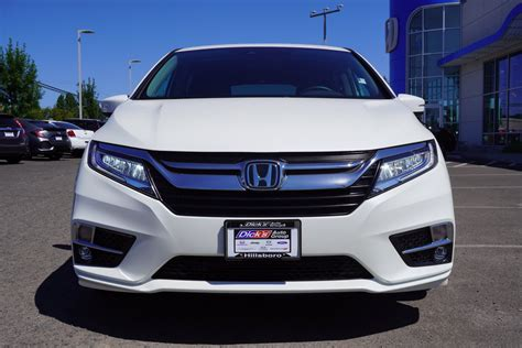 The 2019 honda odyssey elite remains a great option for families who want the most comfortable and capable by the tape, honda says the odyssey will fit 158 cubic feet of cargo in this configuration. Pre-Owned 2019 Honda Odyssey Touring With Navigation
