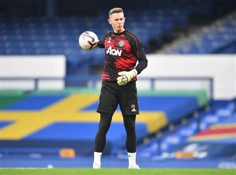 Reports: Manchester United goalkeeper Dean Henderson ...