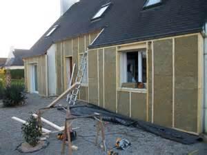realiser un bardage exterieur avec isolation isolation d une facade par l exterieur recouvert ensuite d un bardage bois menuiserie d