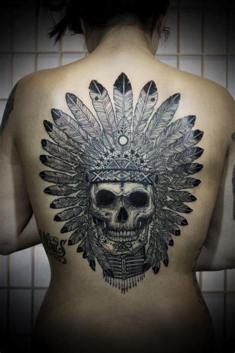 Tatouage Tête De Mort Indien