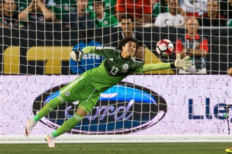 report guillermo ochoa rejects offer  join fc dallas