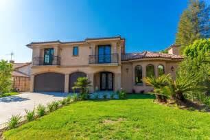 Inside California Mansions