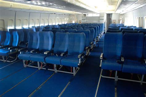 interieur d un boeing 777 boeing 747 mus 233 e de l air et de l espace