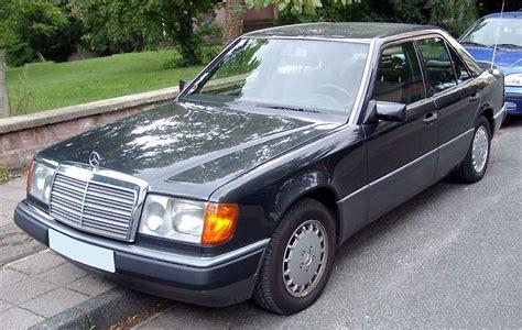 Mercedesbenz W124 — Вікіпедія