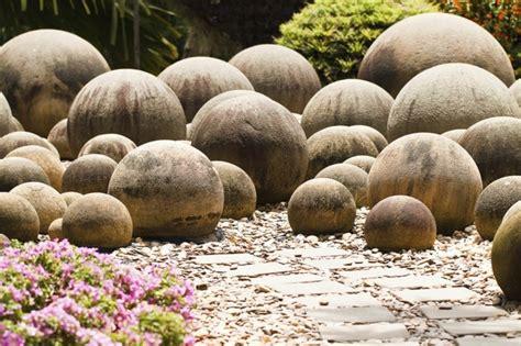 Decoration Jardin Avec Pierres 1001 Id 233 Es Et Conseils Pour Am 233 Nager Une Rocaille Fleurie