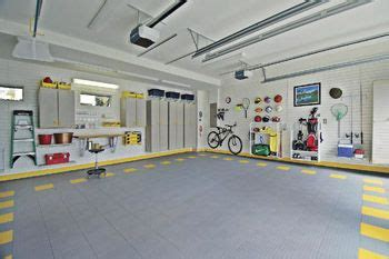 organized functional  car garage garazh