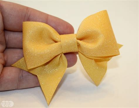 how to tie a bow out of ribbon bow tie bows with and without tails the ribbon retreat blog