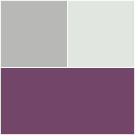 canapé couleur aubergine les 25 meilleures idées de la catégorie couleur aubergine