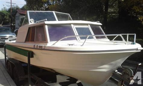 ft  steury  cabin cruiser power boat  sale