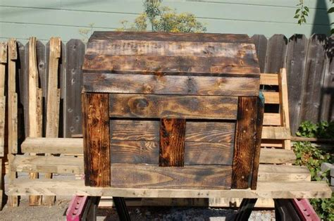 images  diy wood treasure chest  pinterest