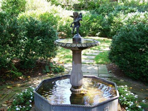 Water Fountains For Small Backyards by Backyard Fountains Ideas