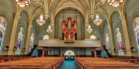 Adventist Review Online A Pipe Organ A Catholic Church