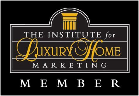 Luxury Market Specialist