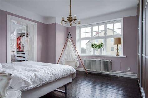 Welche Wandfarbe Schlafzimmer by Wandfarbe Und Flieder Eignen Sich Gut F 252 R