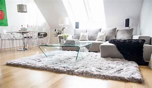 Schöne Teppiche Fürs Wohnzimmer : wohnzimmer teppich haus deko ideen ~ Frokenaadalensverden.com Haus und Dekorationen