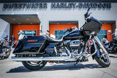 Back To Back Review Harleydavidson Milwaukee Eight Vs
