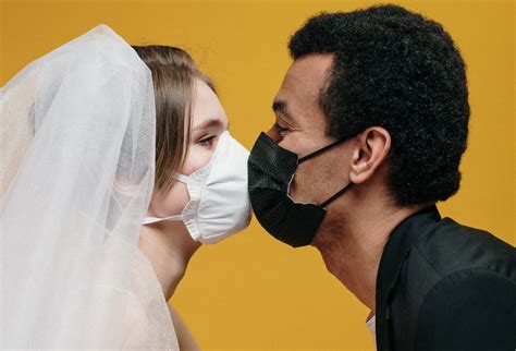 10 Wedding-Worthy Face Masks for Couples Getting Married ...