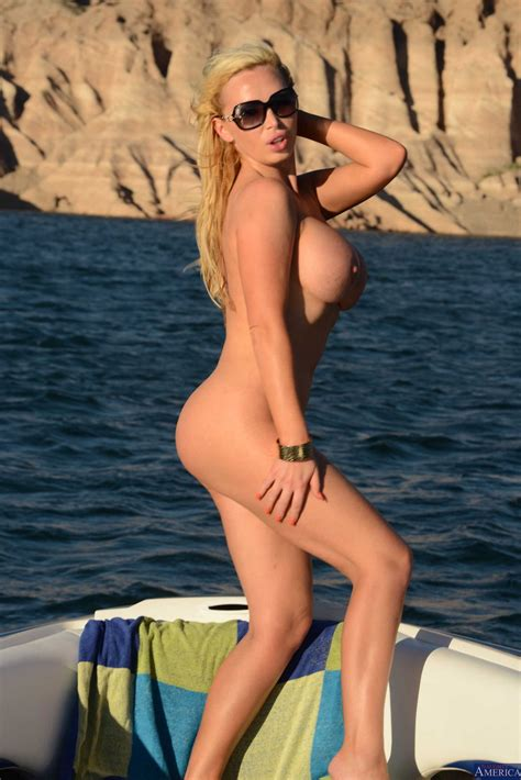 Nikki Benz stripping and posing naked on boat - My Pornstar Book