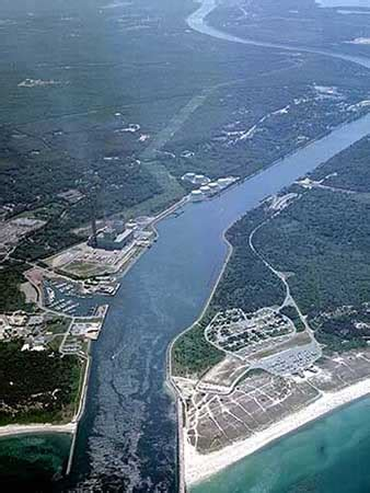 Cape Cod Canal (buzzards Bay And Sandwich, Mass), New