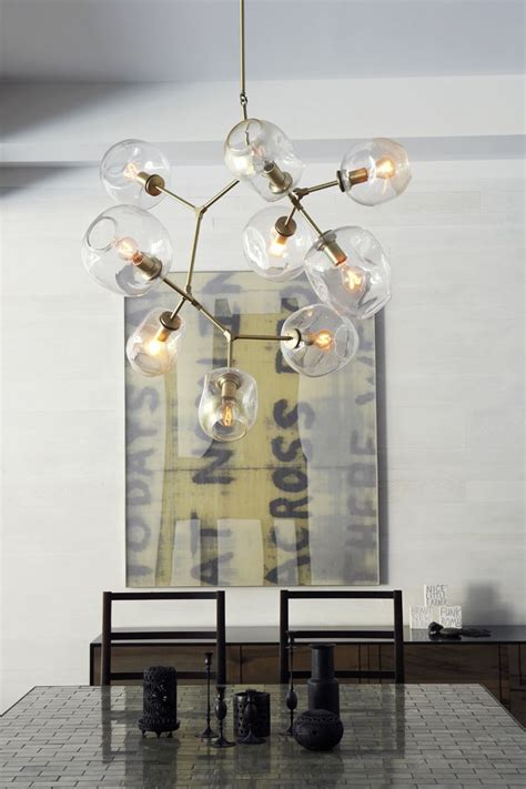 Modern Chandeliers Images by 25 Best Ideas About Chandelier On