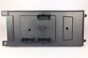 Land Rover Discovery 3  4  U0026 Rr Sport Fuse Box Assy