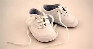 Erste Schritte Baby : die ersten schritte im richtigen schuh babyartikel tipps ~ Orissabook.com Haus und Dekorationen