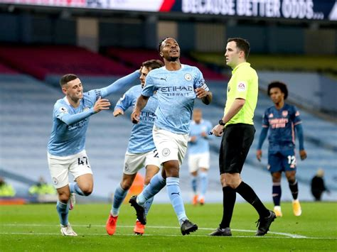 Raheem Sterling strike earns Manchester City narrow ...