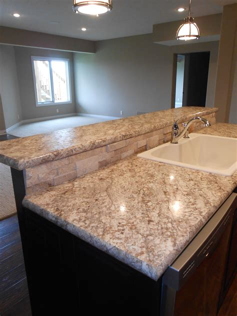 Kitchen Counter Definition by Vencil Homes Wilsonart Hd Laminate On The Bar Tops