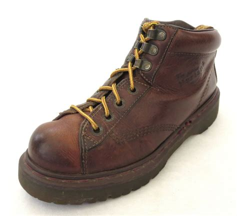 dr martens boots   brown leather airwair mens hiking aw  england ebay