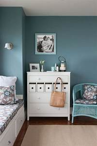 Decoration Ideas: Endearing Bedroom With Blue Wall ...