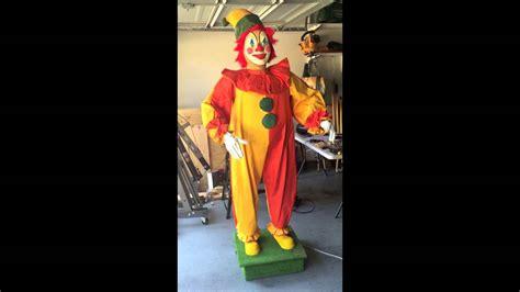 Custom Displays Animated Clown