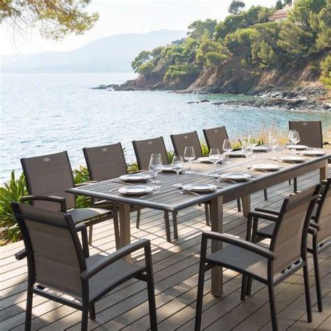 salon de jardin 8 personnes salon de jardin azua composite taupe anthracite 8 224 12 personnes salon de jardin table et